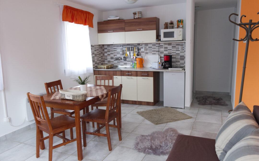 Narancs családi apartman